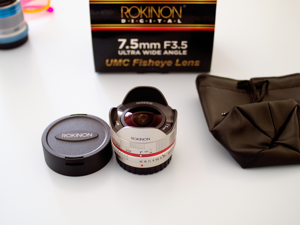 Samyang Rokinon 7.5mm F3.5 Fisheye Lens for Micro Four Thirds Compact System Cameras